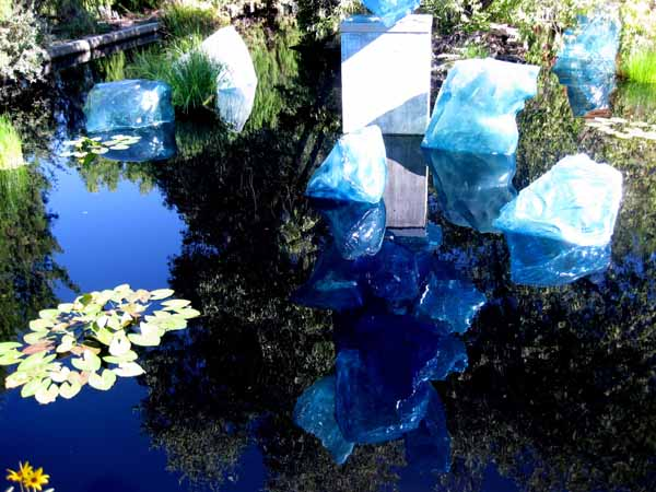 Chihuly at DBG 2014 - Polyvitro Crystal Tower (13)