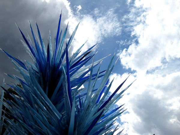 Chihuly at DBG 2014 - Blue Icicle Tower (2)