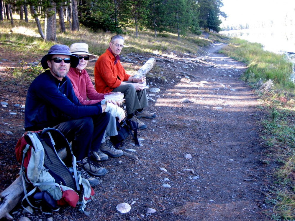 15-09 Grand Teton NP -029 - Jim, Joan, Henry Swan Lake Hermitage Point