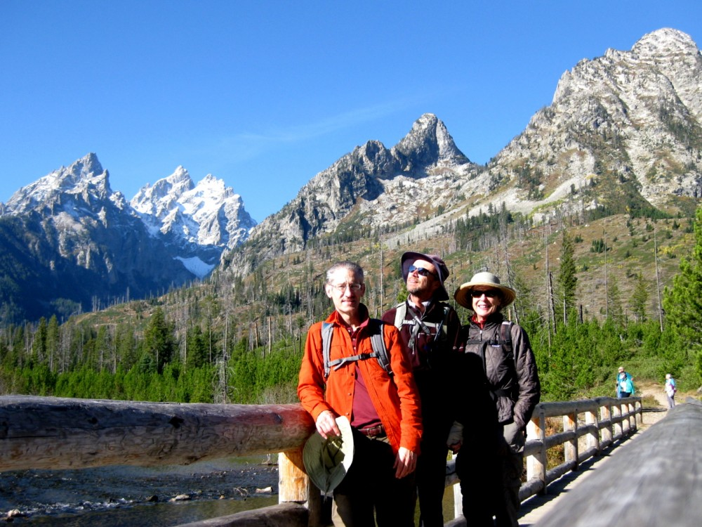 15-09 Grand Teton NP -050 -Henry, Jim, Joan Jenny Lake