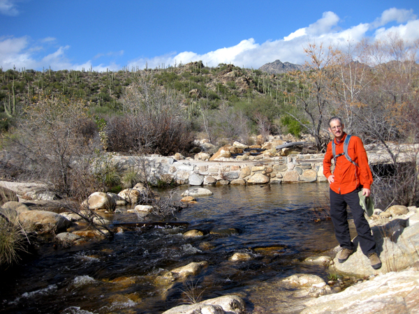 15-12-25 Sabino Canyon Lake Trail -006 Henry