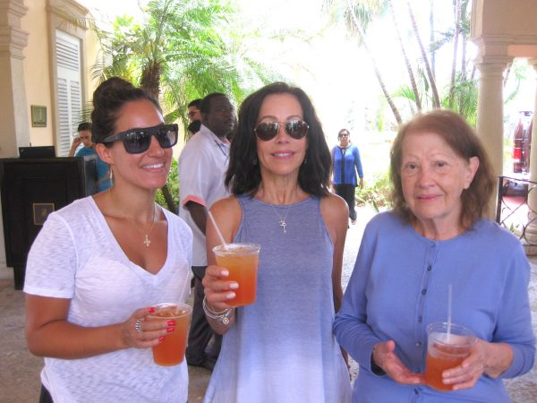 16-05-08 Mother's Day, Thomas USVI -049